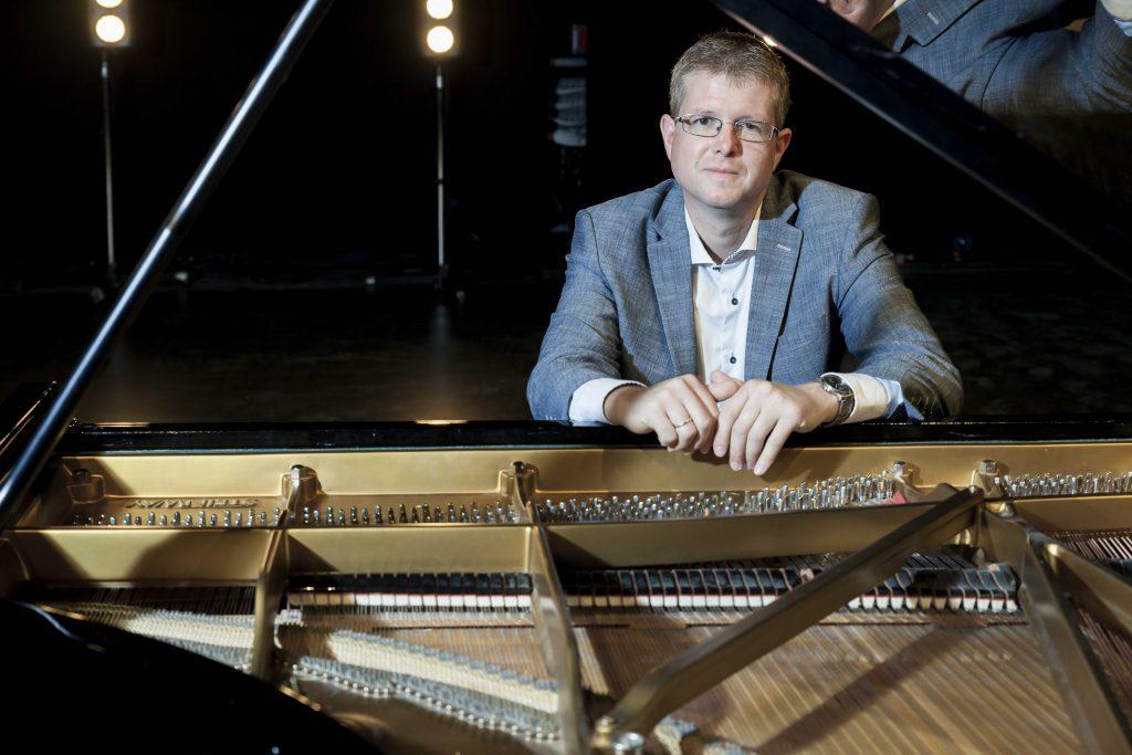Martin Kjeldgaard - Pianomartin.dk